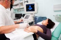 Phá thai không đau trực quan bằng ống siêu dẫn