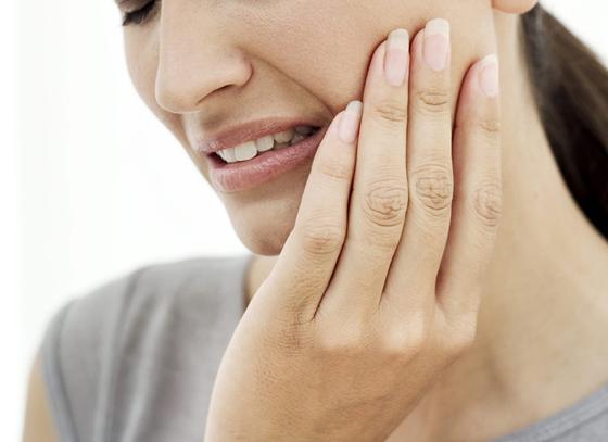 Triệu chứng viêm buồng trứng khi bị quai bị 1