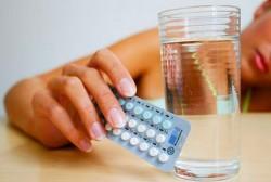 Có nên uống thuốc tránh thai khi cho con bú không?