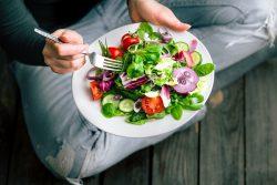 Ăn gì để nhanh có kinh nguyệt?